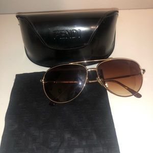 AUTHENTIC Fendi Aviator Sunglasses